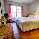 Twin Arbors, King bedroom